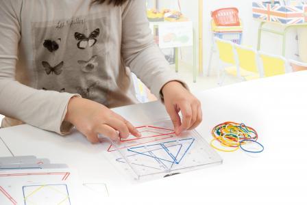 Transparentné dosky s gumičkami 6 ks - Geometrické tvary